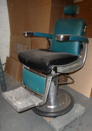 Charmant Belmont Barber Chair   Before Refinishing